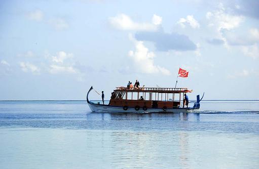Tauchboot, Eurodivers, Vilamendhoo Island Resort, Maldives