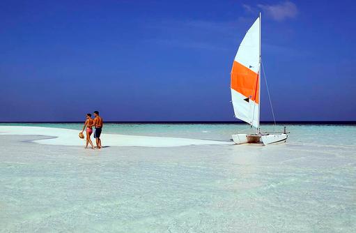 Katamaransegeln, Vilamendhoo Island Resort, Maldives