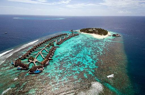 Vogelperspektive auf die Insel, W Retreat & Spa Maldives