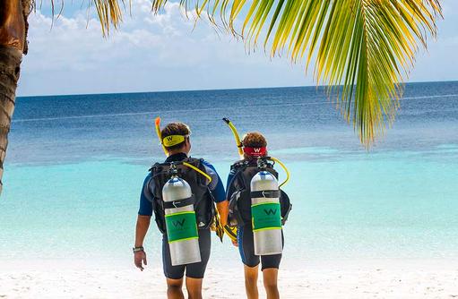 Tauchen, W Retreat & Spa Maldives