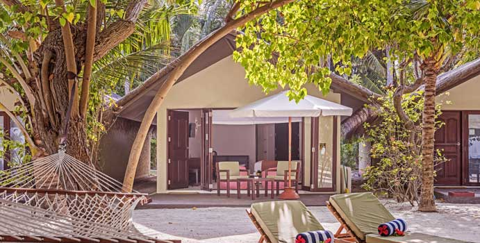 Terasse, Deluxe Beach Villa | Adaaran Select Hudhuranfushi