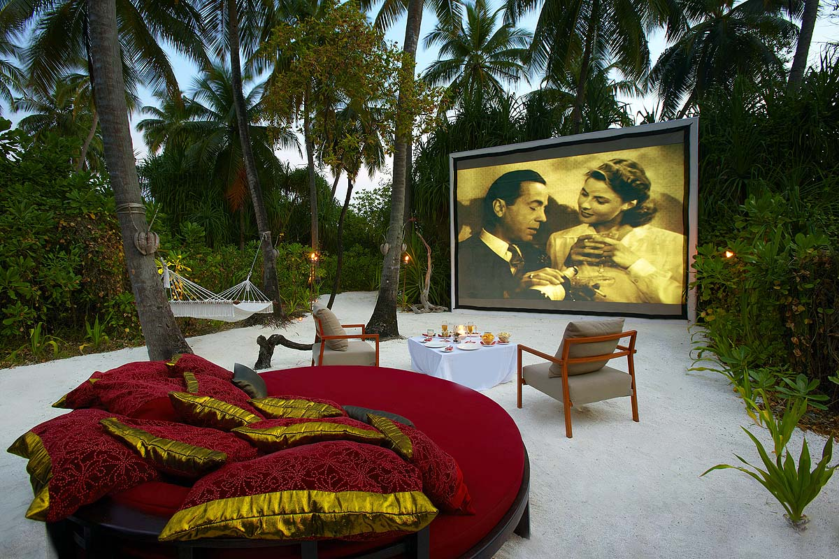anantara kihavah villas bilder videos drohnenaufnahmen. Black Bedroom Furniture Sets. Home Design Ideas