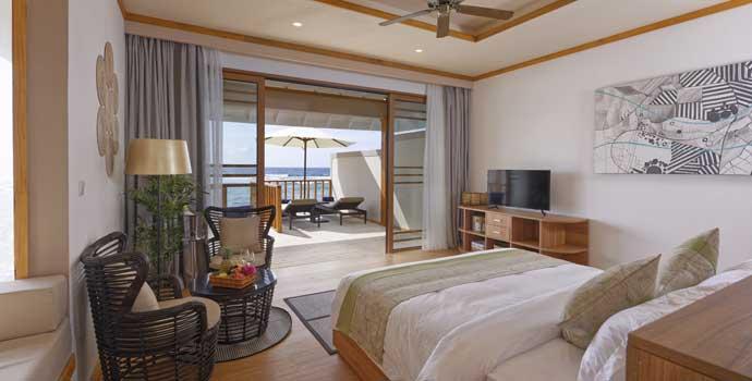 Schlafzimmer, Wasservilla, Brennia Kottefaru