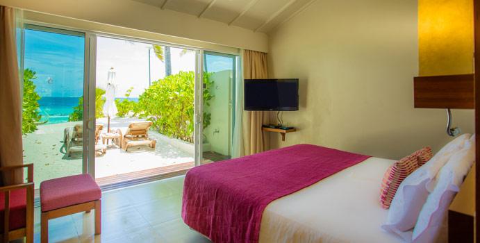 Deluxe Ocean Front Beach Villa, Centara Ras Fushi Resort & SPA