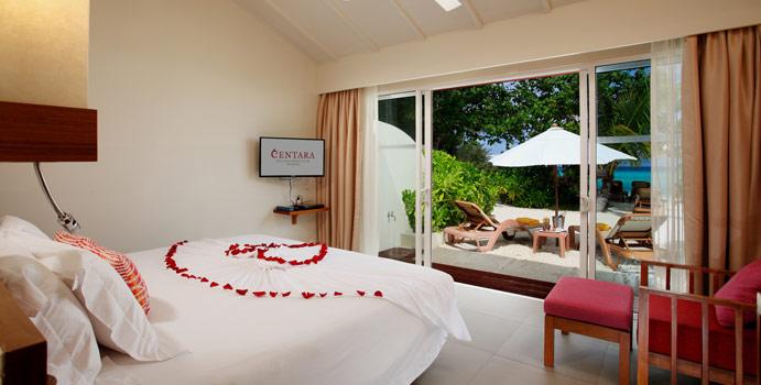Ocean Front Beach Villa, Centara Ras Fushi Resort & SPA