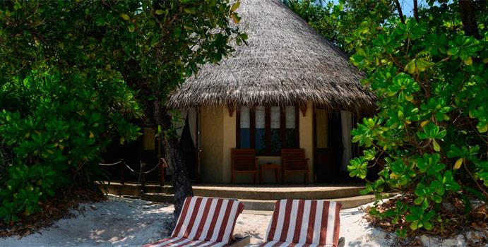 Beach Villa Aussenansicht | Coco Palm Dhuni Kolhu,Malediven