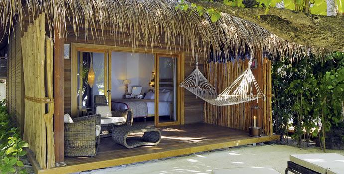 Beach Villa, Constance Moofushi Resort