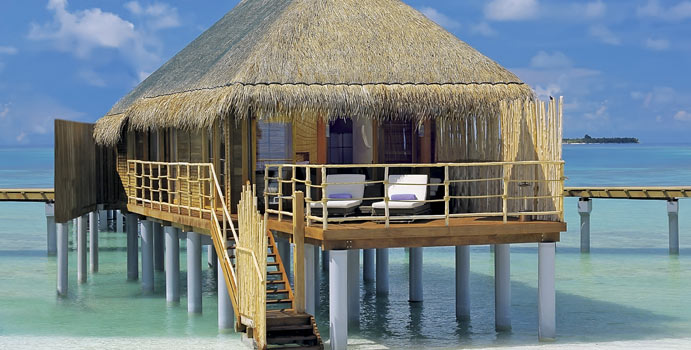 Senior Water Villa, Constance Moofushi Resort