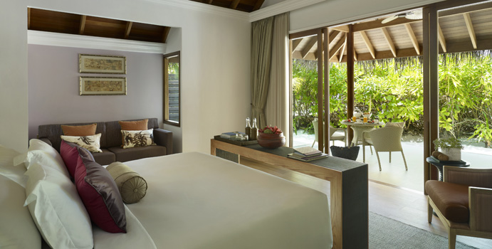 Beach Villa, Dusit Thani Maldives