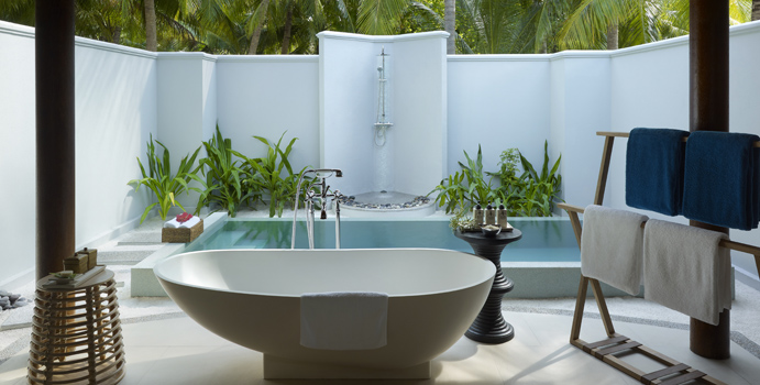 Beach Villa mit Pool, Dusit Thani Maldives