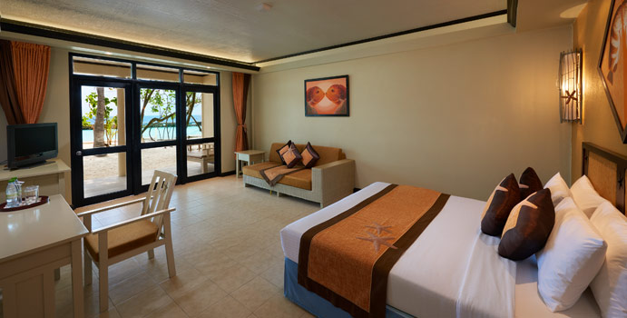 Superior Room, Ellaidhoo Maldives by Cinnamon