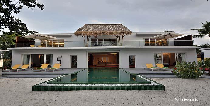 Blick auf die Royal Beach Villa, Emerald Maldives
