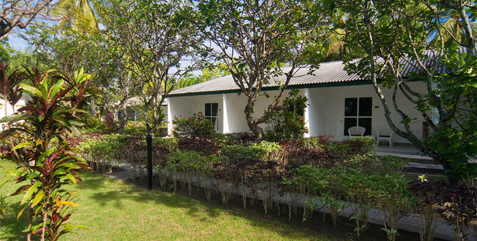 Reihenbungalows, Equator Village