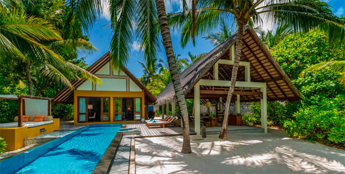 Beach Villa mit Pool, Four Seasons Resort Maldives