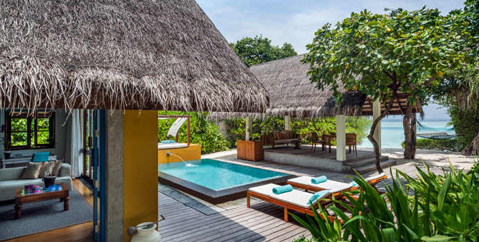 Beach Bungalow mit Pool, Four Seasons Resort Maldives