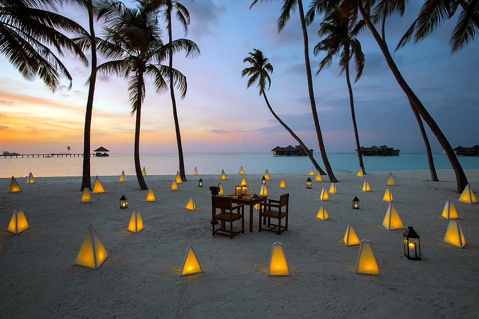 Destination Dining, Private Dinner am Strand unter Palmen, Gili Lankanfushi, Maldives