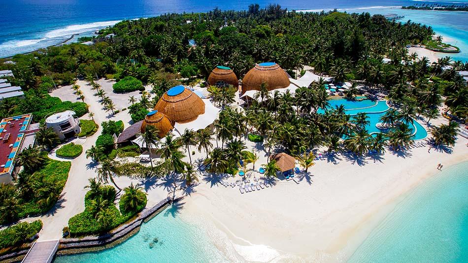 Blick von oben auf die Insel, Holiday Inn Resort Kandooma, Maldives