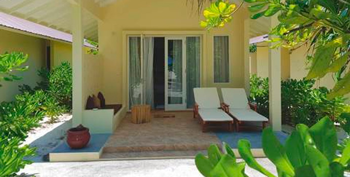 Terrasse, Superior Beach Bungalows, Hondaafushi Island Resort