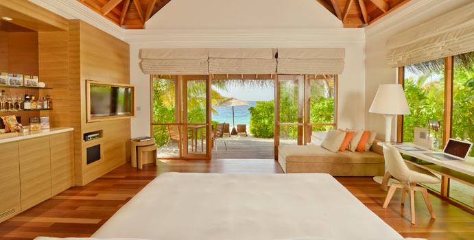 Beach Bungalow with Pool, Huvafen Fushi Maldives