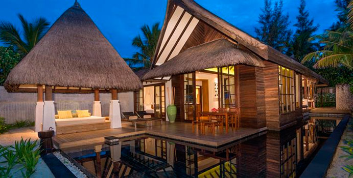 2 Bedroom Beach Villa with Pool Sunrise, Jumeirah Vittaveli