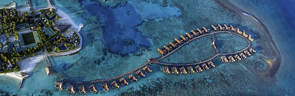 Wasserbungalows von oben, Jumeirah Vittaveli, Maldives