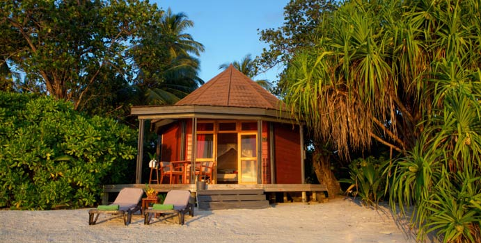 Jacuzzi Beach Villa, Komandoo Island Resort