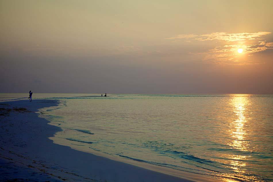 Strand bei Abenddämmerung, Kuredu Island Resort, Maldives
