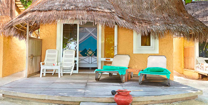 Bonthi Beach Bungalow, Kuredu Island Resort