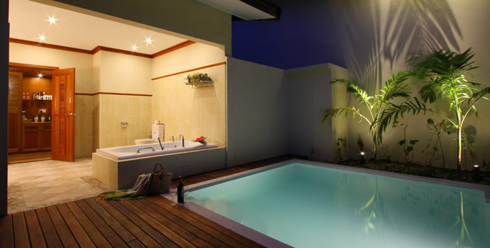 Pool bei Nacht, Garden Pool Villa, Kurumba Maldives