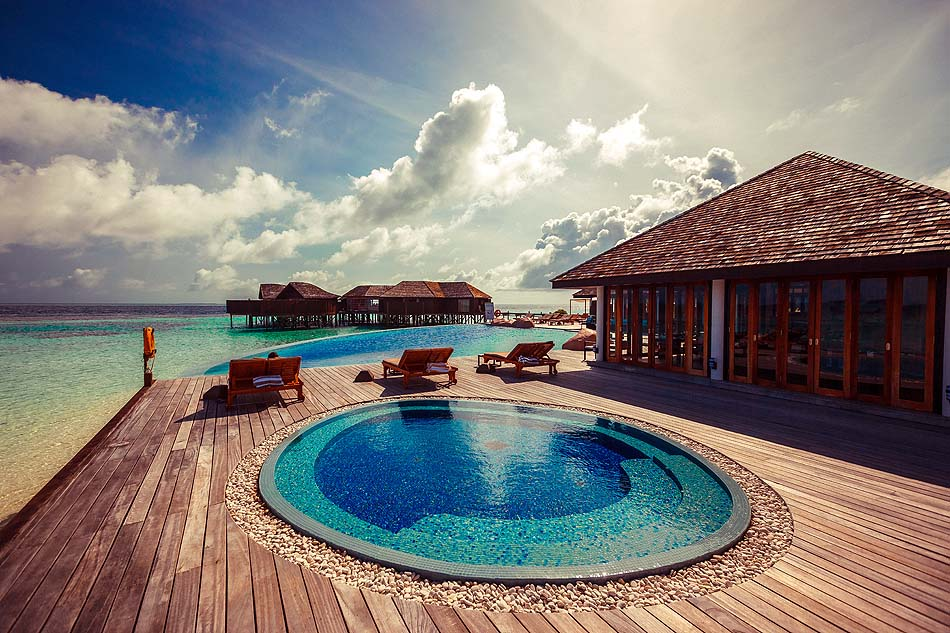 Aqva Jacuzzi, Pool, Lily Beach Resort & SPA, Malediven