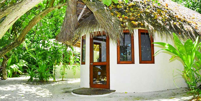 Beachfront Bungalow, Makunudu Island Resort