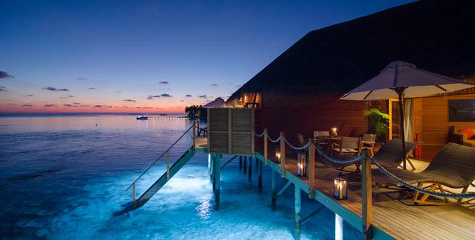 Sonnenuntergang, 2-Bedroom Overwater Suite, Mirihi Island Resort