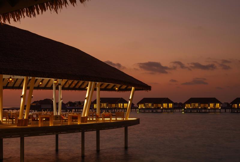 Alifaan Restaurant, Radisson Blu Resort Maldives