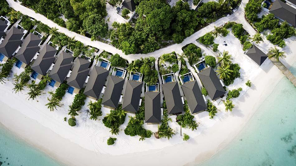 Vogelperspektive der Strandbungalows, ROBINSON Club Noonu, Maldives