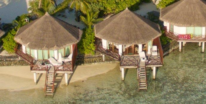 Semi Water Bungalow, Safari Island Resort