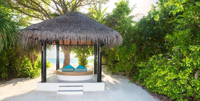 Beach Pavillion, Deluxe Beach Villa, The Sun Siyam Iru Fushi