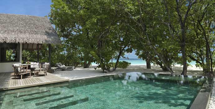 One Bedroom Deluxe Beach Pool Residence, Vakkaru Maldives