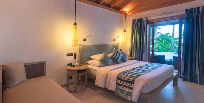 AdjoiningBeach Villa, Vilamanedhoo Island Resort & Spa