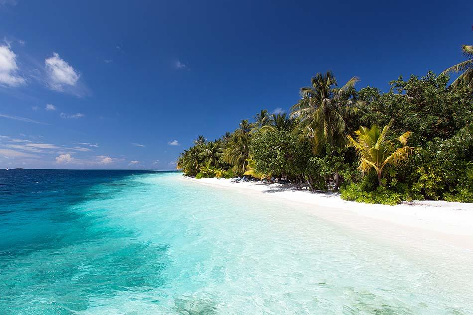 kristallklares Wasser,  Vilamendhoo Island Resort, Maldives