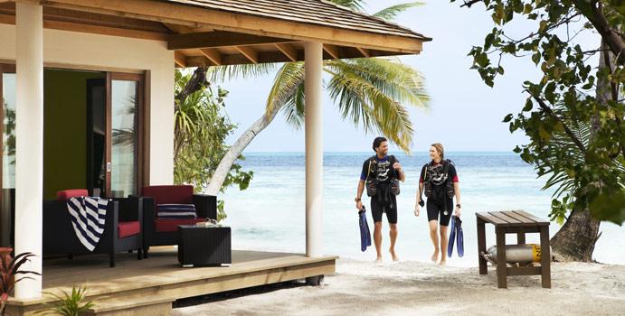 Jacuzzi Beach Villa, Vilamendhoo Island Resort